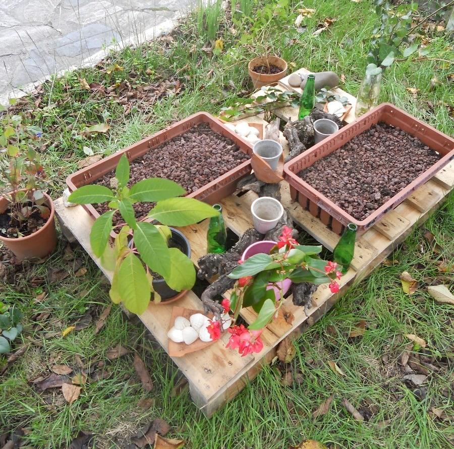 Entre deux couleur safran papillons de mots for Objets decoratifs pour jardin
