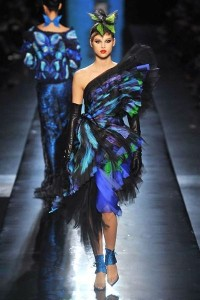 photo-35-photos-du-defile-jean-paul-gaultier-haute-couture-printemps-ete-2014_4708329